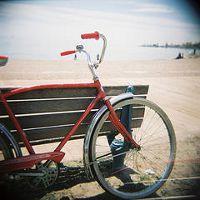 Duchamp, my red bike at the beach